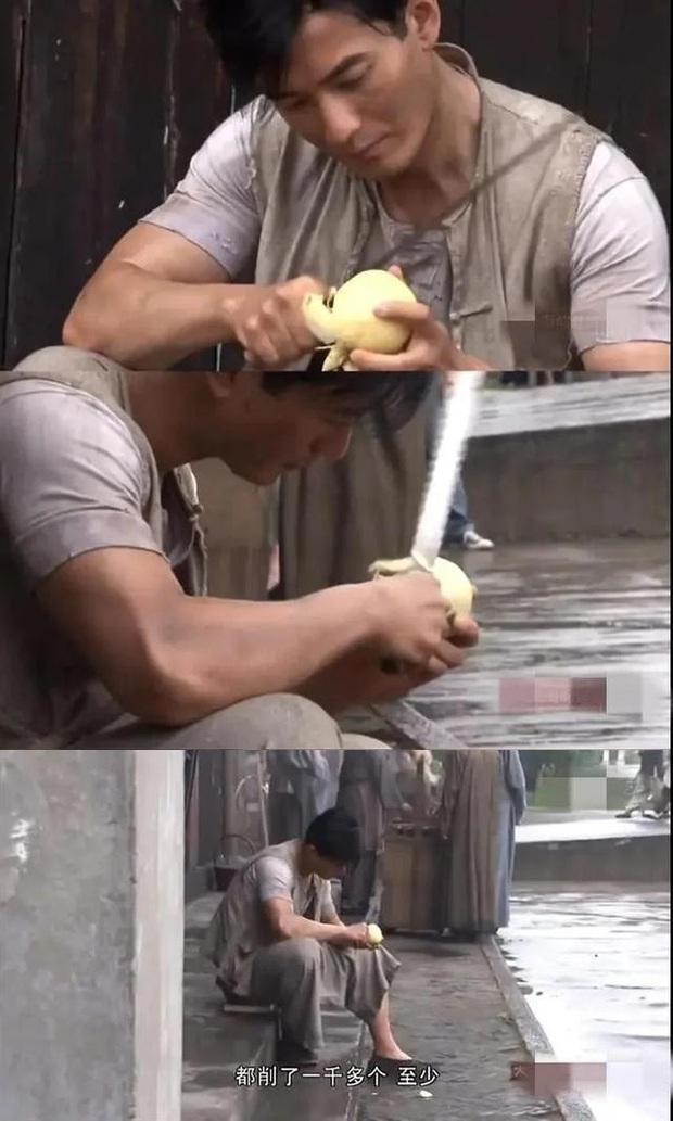 Trầm trồ với 6 màn hi sinh vì vai diễn của sao Cbiz: Huỳnh Hiểu Minh gọt 2000 quả lê chưa bằng Châu Nhuận Phát uống 12 quả trứng sống - Ảnh 3.