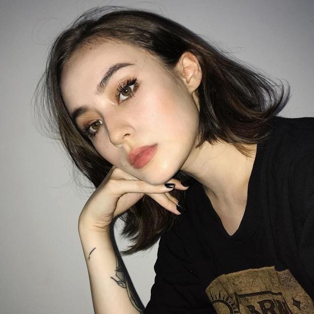 Nữ streamer gốc Việt cực hot trên Twitch, không chỉ xinh đẹp mà body cũng cực kỳ gợi cảm! - Ảnh 9.