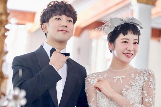9 sao Hàn từ bỏ danh vọng: Sao nữ Gia đình là số 1 lấy Hàn kiều, idol ngực khủng thành mẹ 3 con, có người phải đi bán vé - Ảnh 17.