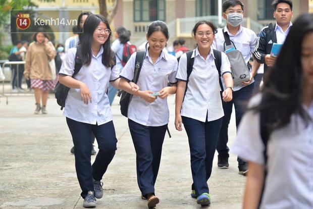Danh sách các trường ĐH cho sinh viên tiếp tục nghỉ học, lùi lịch thi cuối kỳ - Ảnh 1.