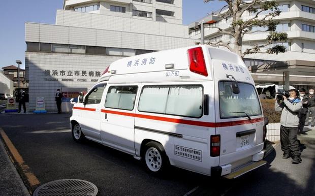 Bệnh nhân khó thở bị hơn 80 nơi từ chối nhập viện, hé lộ nguy cơ vỡ trận của Nhật Bản trước làn sóng lây nhiễm thứ hai trong dịch Covid-19 - Ảnh 1.