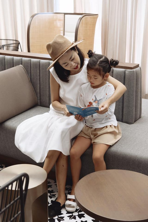 Clip cố nghệ sĩ Mai Phương yếu ớt nhưng vẫn hạnh phúc chơi đùa với con gái được tiết lộ, nhìn khoảnh khắc bình yên mà xót xa! - Ảnh 4.