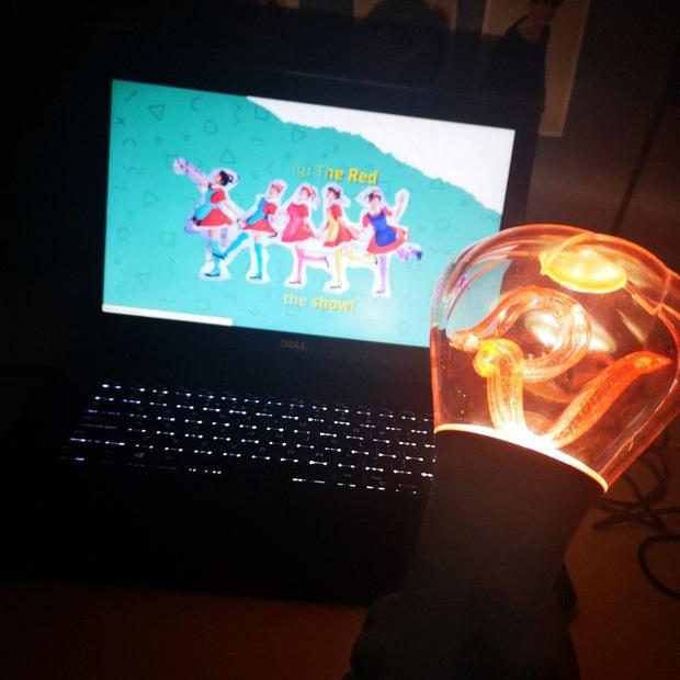 Chẳng cần đợi Red Velvet mở concert online, fan tự thân vận động chiếu show cực hoành tráng, thêm một địa chỉ nghe hát giữa mùa dịch! - Ảnh 4.