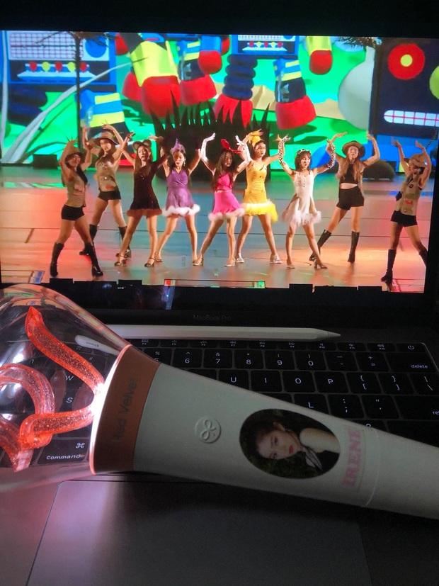 Chẳng cần đợi Red Velvet mở concert online, fan tự thân vận động chiếu show cực hoành tráng, thêm một địa chỉ nghe hát giữa mùa dịch! - Ảnh 5.
