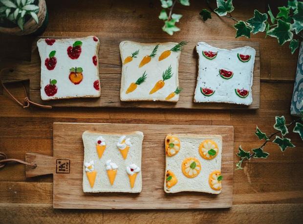 Ngán ăn sandwich theo cách bình thường, cô nàng 9X sáng tạo vẽ tranh lên bánh mì cực xinh xắn nhưng lại vô cùng dễ làm - Ảnh 1.
