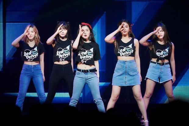Chẳng cần đợi Red Velvet mở concert online, fan tự thân vận động chiếu show cực hoành tráng, thêm một địa chỉ nghe hát giữa mùa dịch! - Ảnh 7.