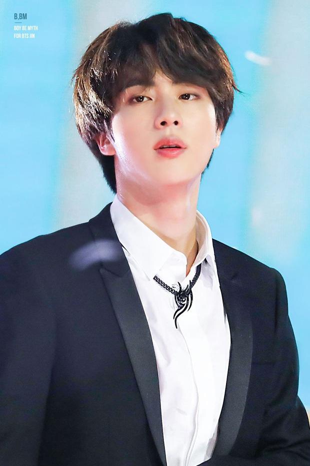 BXH 30 nam idol Kpop hot nhất hiện nay: Đối thủ không đội trời chung của BTS cuối cùng đã trở lại, top 10 gây bất ngờ lớn - Ảnh 7.