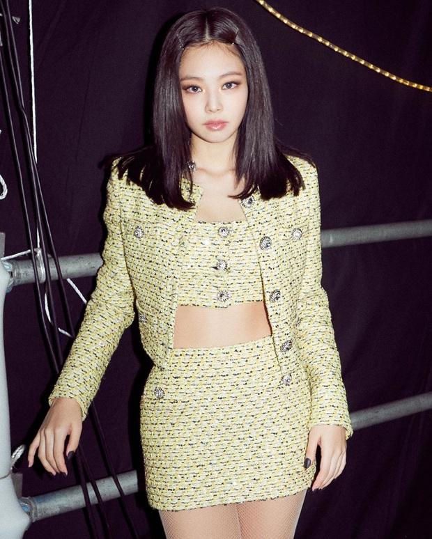 6 kiểu tóc hot hit đi đâu cũng gặp nhờ công của Jennie: Tập tành diện theo thì bạn xinh xẻo, trendy hơn là cái chắc - Ảnh 7.