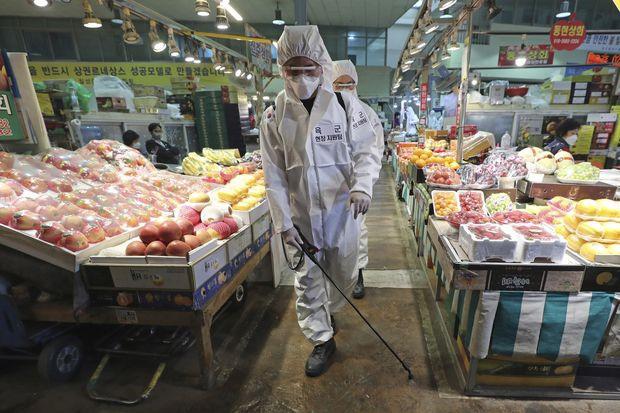Lý giải việc 163 bệnh nhân Hàn Quốc vừa phục hồi lại dương tính với virus corona: Liệu chúng ta có thể bị tái nhiễm Covid-19? - Ảnh 4.