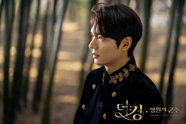 Tưởng đâu hoàn hảo tuyệt đối, ai ngờ Quân Vương Bất Diệt của Lee Min Ho lại lộ sạn to đùng ngay tập 1 - Ảnh 2.