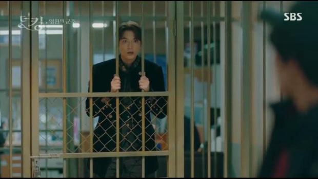 Quân Vương Bất Diệt tập 2: Kim phân Lee Min Ho dù lên hạng richkid thì đi khách sạn vẫn phải nhờ crush trông ngựa - Ảnh 6.