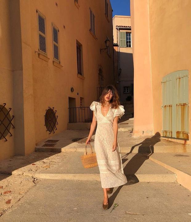 6 items thời trang nhẵn mặt trong tủ đồ Hè của phụ nữ Pháp vì cứ mặc là đẹp và sang xịn mãi không thôi - Ảnh 11.
