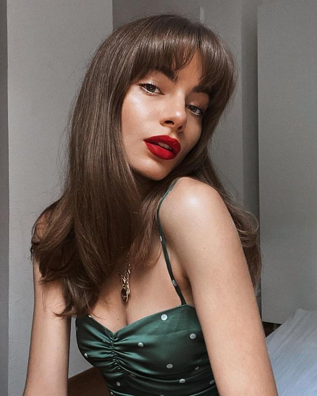 6 items thời trang nhẵn mặt trong tủ đồ Hè của phụ nữ Pháp vì cứ mặc là đẹp và sang xịn mãi không thôi - Ảnh 17.