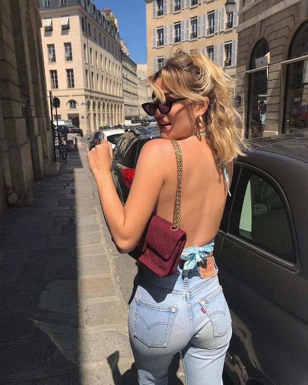 6 items thời trang nhẵn mặt trong tủ đồ Hè của phụ nữ Pháp vì cứ mặc là đẹp và sang xịn mãi không thôi - Ảnh 3.