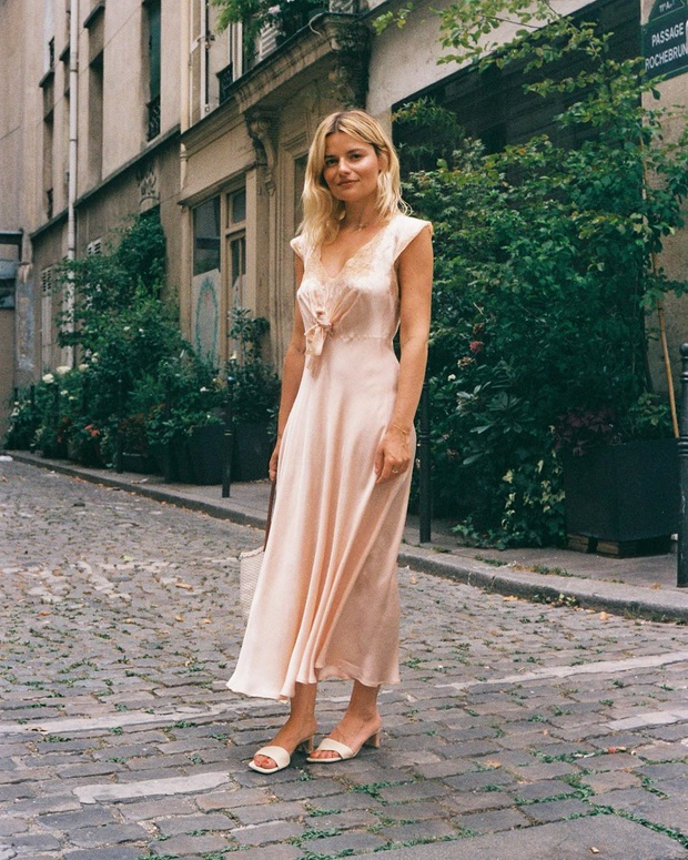6 items thời trang nhẵn mặt trong tủ đồ Hè của phụ nữ Pháp vì cứ mặc là đẹp và sang xịn mãi không thôi - Ảnh 22.