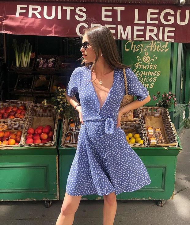 6 items thời trang nhẵn mặt trong tủ đồ Hè của phụ nữ Pháp vì cứ mặc là đẹp và sang xịn mãi không thôi - Ảnh 4.