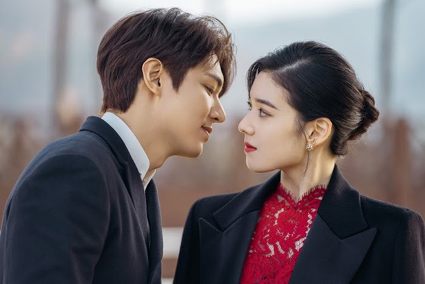 Quân Vương Bất Diệt vừa lên sóng tập 1, netizen xứ Trung đã than phiền vì Lee Min Ho có vẻ đang... thừa cân - Ảnh 9.