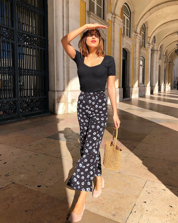 6 items thời trang nhẵn mặt trong tủ đồ Hè của phụ nữ Pháp vì cứ mặc là đẹp và sang xịn mãi không thôi - Ảnh 10.