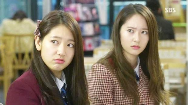 """Vòng bạn bè gây bất ngờ của """"nữ thần băng giá"""" Krystal: Từ tài tử """"Trái tim mùa thu"""" đến tình địch màn ảnh Park Shin Hye - Ảnh 8."""