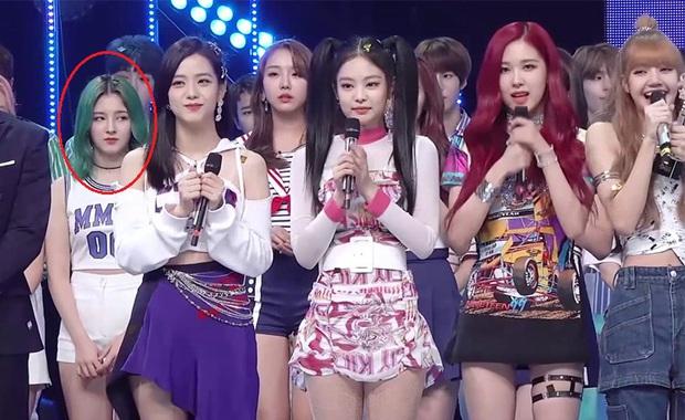 10 idol bị ghét nhất Kpop: Jennie và IU bị chỉ trích vì ồn ào liên hoàn, oan ức nhất là dàn em út BTS và Red Velvet - Ảnh 20.