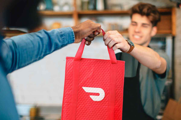 Những hãng giao đồ ăn online đình đám nhất thế giới tìm cách sống sót qua mùa dịch: Các tài xế và khách hàng luôn là ưu tiên hàng đầu - Ảnh 8.