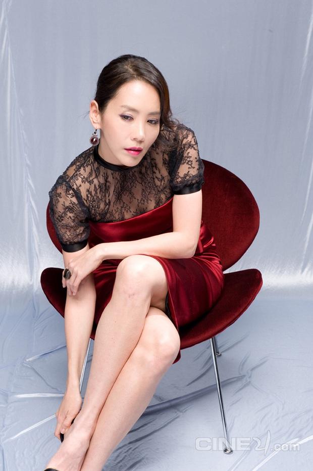 Mỹ nhân Chuyện tình Paris Kim Jung Eun: Dao kéo hỏng, bị tài tử quyền quý nhắn tin đá và cái kết trong mơ giới hào môn - Ảnh 8.