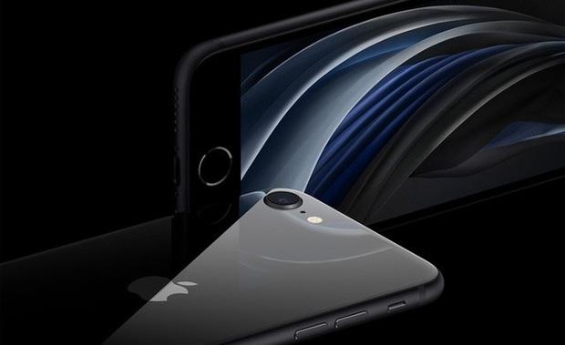 Mãn nhãn cảnh iPhone SE được bóc tem màn hình siêu nuột, xem xong chỉ muốn tậu về luôn và ngay - Ảnh 2.