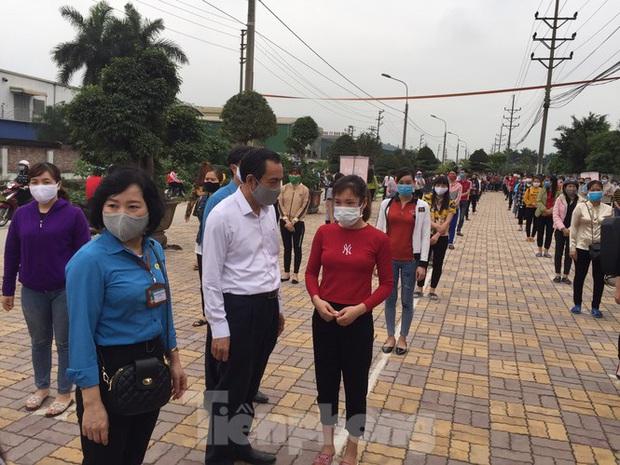 Cây ATM gạo đến với người nghèo và công nhân ở Bắc Ninh - Ảnh 2.