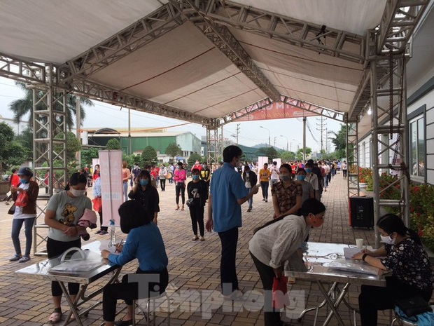 Cây ATM gạo đến với người nghèo và công nhân ở Bắc Ninh - Ảnh 3.
