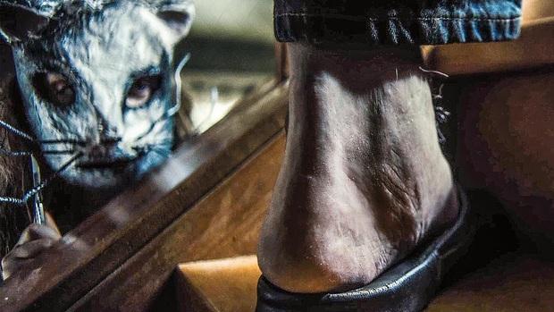 22 cảnh từ phim kinh dị hãi hùng đến mức đố ai dám xem lại lần hai: Ớn nhất vẫn là cảnh cắt gân chân của ông trùm hù dọa! - Ảnh 22.