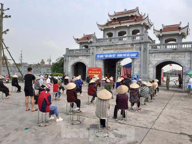 Cây ATM gạo đến với người nghèo và công nhân ở Bắc Ninh - Ảnh 8.
