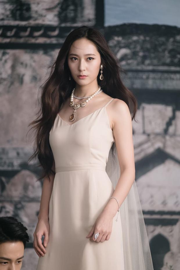 Hiếm có ai thở thôi cũng sang chảnh ngút ngàn như 5 idol nữ Kpop này: Hội siêu giàu châu Á ngay đây rồi? - Ảnh 11.
