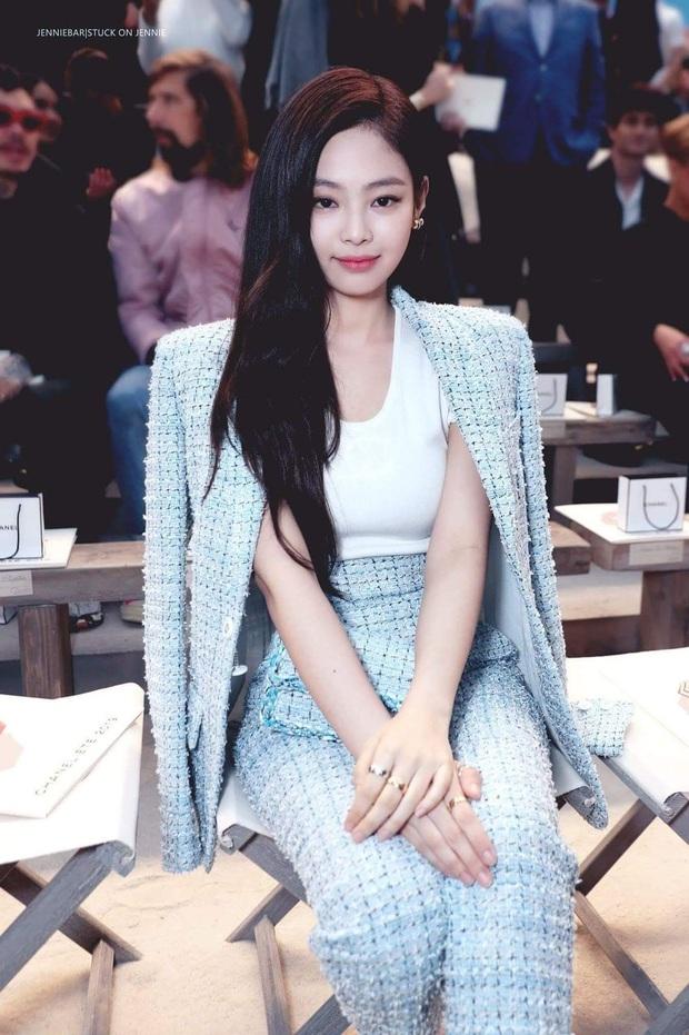 Hiếm có ai thở thôi cũng sang chảnh ngút ngàn như 5 idol nữ Kpop này: Hội siêu giàu châu Á ngay đây rồi? - Ảnh 3.