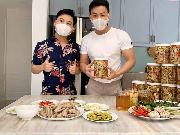 Gần nửa showbiz Việt đổ xô bán hàng online thời Covid-19: Khởi nghiệp đồng loạt, kinh doanh gì mùa không show chậu? - Ảnh 3.
