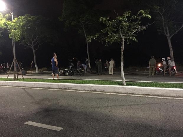 2 chiến sỹ công an hi sinh trên đường làm nhiệm vụ truy đuổi nhóm đối tượng đua xe và cướp giật ở Đà Nẵng - Ảnh 1.