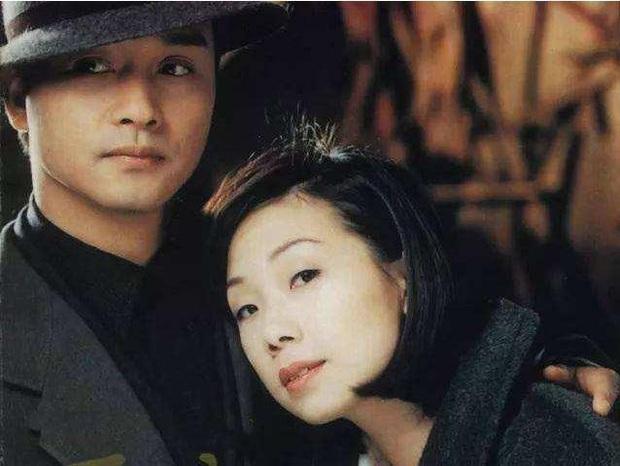 8 nàng thơ của Trương Quốc Vinh: Thư Kỳ thoát mác mỹ nhân 18+, Trương Bá Chi chưa khổ bằng chị đại sính ngoại bị cắm sừng - Ảnh 18.