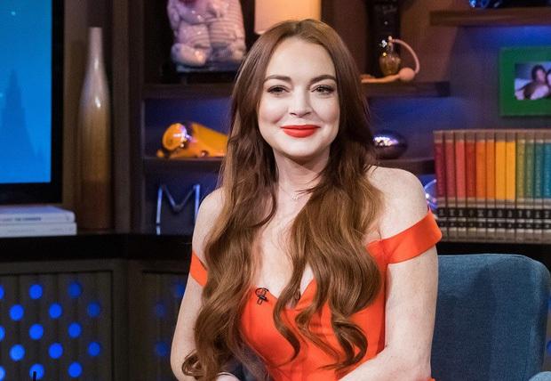 Náo loạn vì Means Girl Lindsay Lohan xoá hết hình cũ, tung ảnh mới lột xác hoàn toàn kèm tuyên bố Chị sẽ trở lại! - Ảnh 5.
