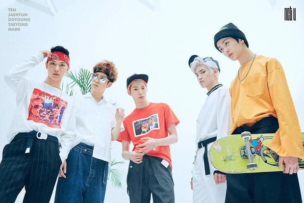 """Năm 2016 huy hoàng của Kpop: BLACKPINK debut đã lập kỉ lục, BTS và TWICE nhận Daesang nhờ hit """"khủng"""" cùng loạt nhóm nhạc sừng sỏ """"đấu"""" nhau - Ảnh 19."""