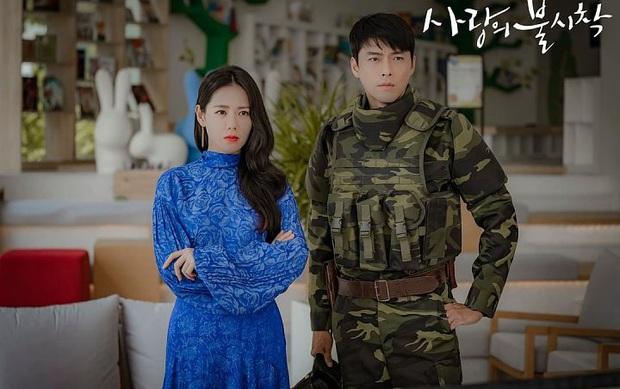 Soi kĩ sẽ thấy Bệ Hạ Bất Tử của Lee Min Ho na ná Crash Landing on You ở 2 điểm, phải chăng biên kịch Kim Eun Sook đã hết trò? - Ảnh 1.