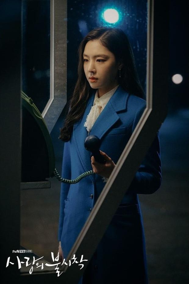 Soi kĩ sẽ thấy Bệ Hạ Bất Tử của Lee Min Ho na ná Crash Landing on You ở 2 điểm, phải chăng biên kịch Kim Eun Sook đã hết trò? - Ảnh 5.