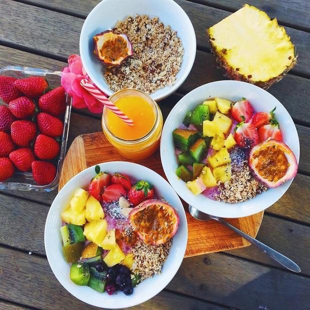Thử thách giảm cân 14 ngày cách ly toàn xã hội: 11 tips ăn kiêng giảm cân đơn giản bạn nên thử - Ảnh 3.