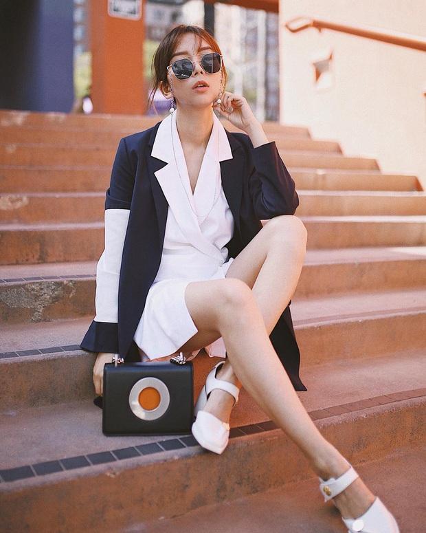 Ngọc Trinh bị chê kém duyên khi ngồi thử giày, các chị em chớ có mắc lỗi này khi mặc váy ngắn! - Ảnh 10.