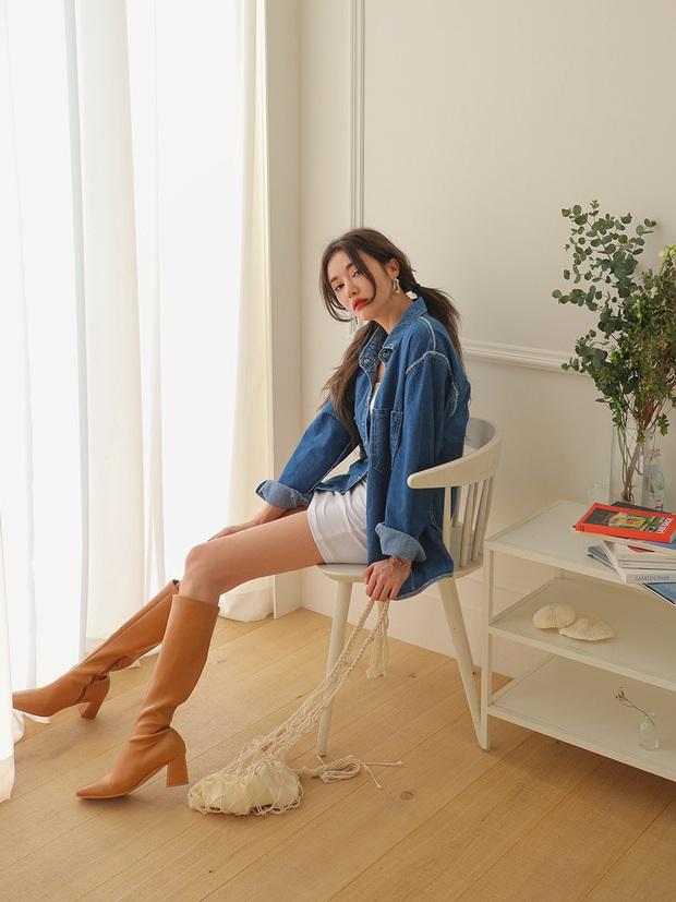 Ngọc Trinh bị chê kém duyên khi ngồi thử giày, các chị em chớ có mắc lỗi này khi mặc váy ngắn! - Ảnh 11.
