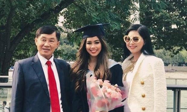 Con gái tỷ phú Johnathan Hạnh Nguyễn chia sẻ sau khi xuất viện: Tôi từng ho không ngừng, đau buốt ngực, cơ thể mệt mỏi tới mức không nhấc nổi tay chân - Ảnh 3.