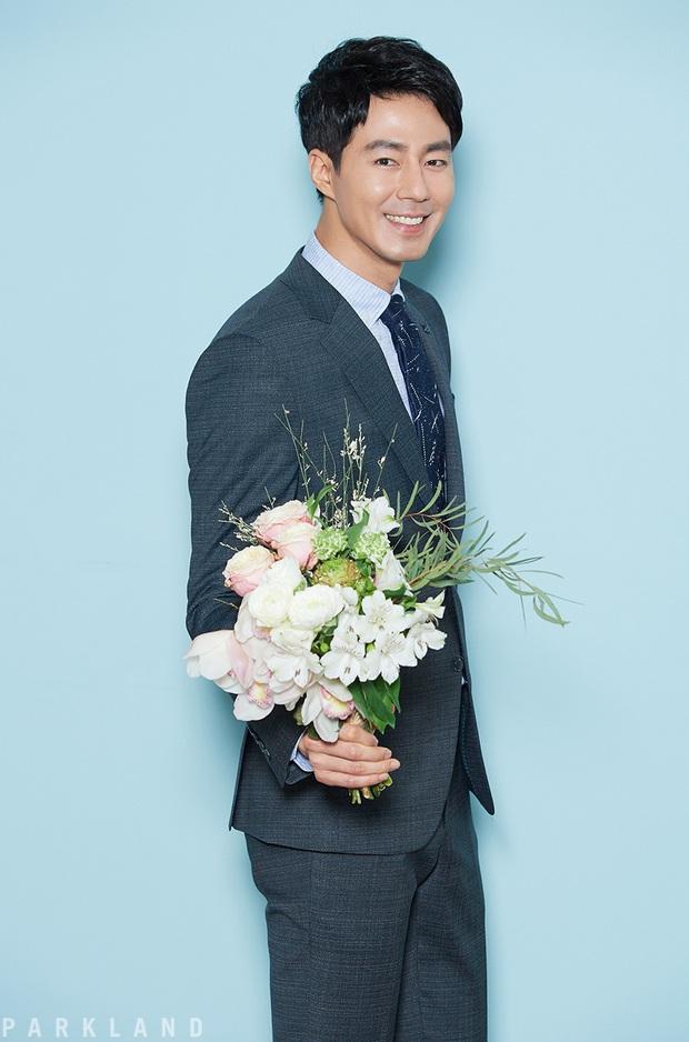 Tài tử Gió mùa đông năm ấy Jo In Sung nhập viện phẫu thuật, công ty chủ quản tiết lộ nguyên nhân - Ảnh 1.