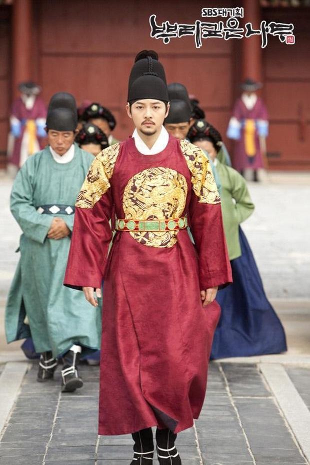 9 gương mặt hạng thẻ đế vương đắt giá nhất truyền hình xứ Hàn vừa kết nạp thêm Bệ Hạ Bất Tử Lee Min Ho rồi nè chị em ơi - Ảnh 1.