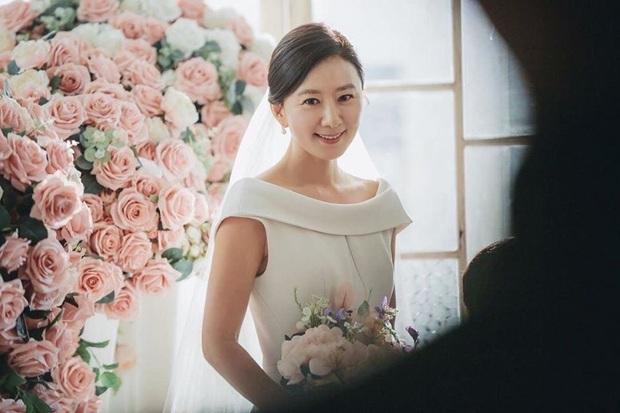 Phổ cập kiến thức nhập môn Thế Giới Hôn Nhân cho ai vừa chập chững hít drama bóc phốt ngoại tình 19+ đình đám nhất xứ Hàn - Ảnh 2.