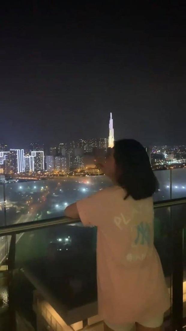 Cao Thái Hà công khai hút thuốc phì phèo trên Instagram, gây tranh cãi nảy lửa khắp MXH tối nay - Ảnh 3.