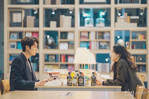 Quan hệ cặp Quân vương bất diệt Lee Min Ho - Kim Go Eun ngoài đời thế nào, nhìn màn đối đáp phỏng vấn mới đây là hiểu - Ảnh 9.