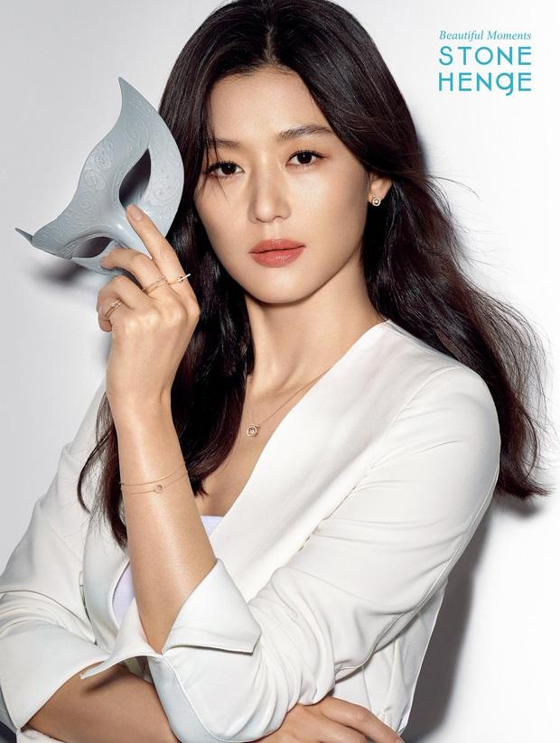 Hot nhất MXH Hàn hôm nay: Song Hye Kyo, Kim Tae Hee, Son Ye Jin và 2 minh tinh này debut thành girlgroup Kpop, ai sẽ là center? - Ảnh 11.